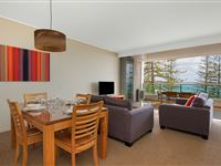 1 Bedroom Ocean View Apartment - Mantra The Observatory Port Macquarie