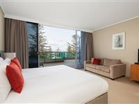 3 Bedroom Penthouse - Mantra The Observatory Port Macquarie